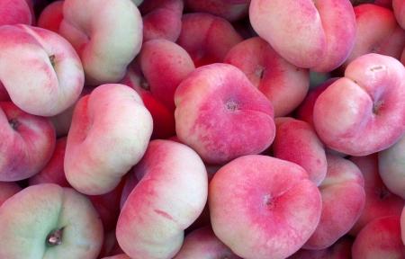 Donut peaches from Tiny's Organic Produce. Photo copyright 2009 by Zachary D. Lyons.
