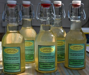 Fresh kombucha from CommuniTea at Ballard Farmers Market. Copyright Zachary D. Lyons.