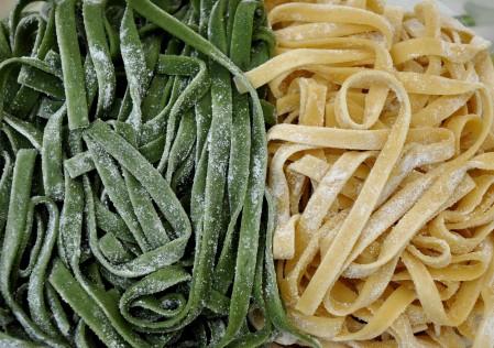 Paglia e Fieno fettuccine from Pasteria Lucchese. at Ballard Farmers Market. Copyright Zachary D. Lyons.