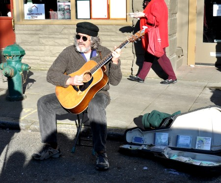 Jim Page performing at Ballard Farmers Market. Photo copyright 2013 by Zachary D. Lyons.