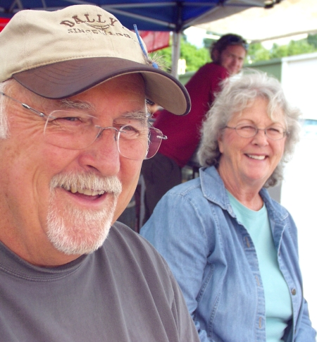 Ron & Florence from Whidbey Island Ice Cream. Photo copyright 2009 by Zachary D. Lyons.